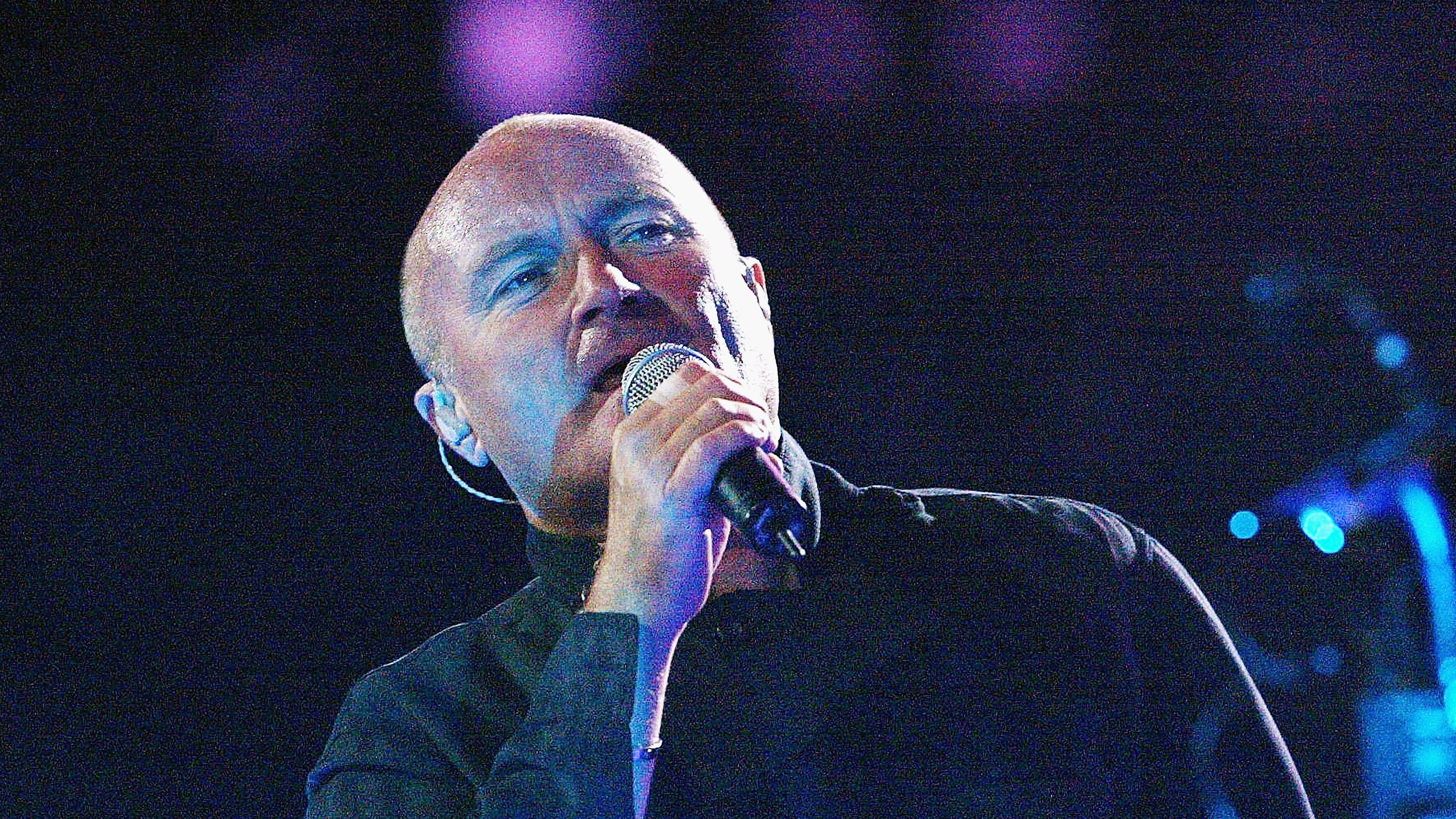 Phil Collins: 8 interesting facts every fan should know - Smooth
