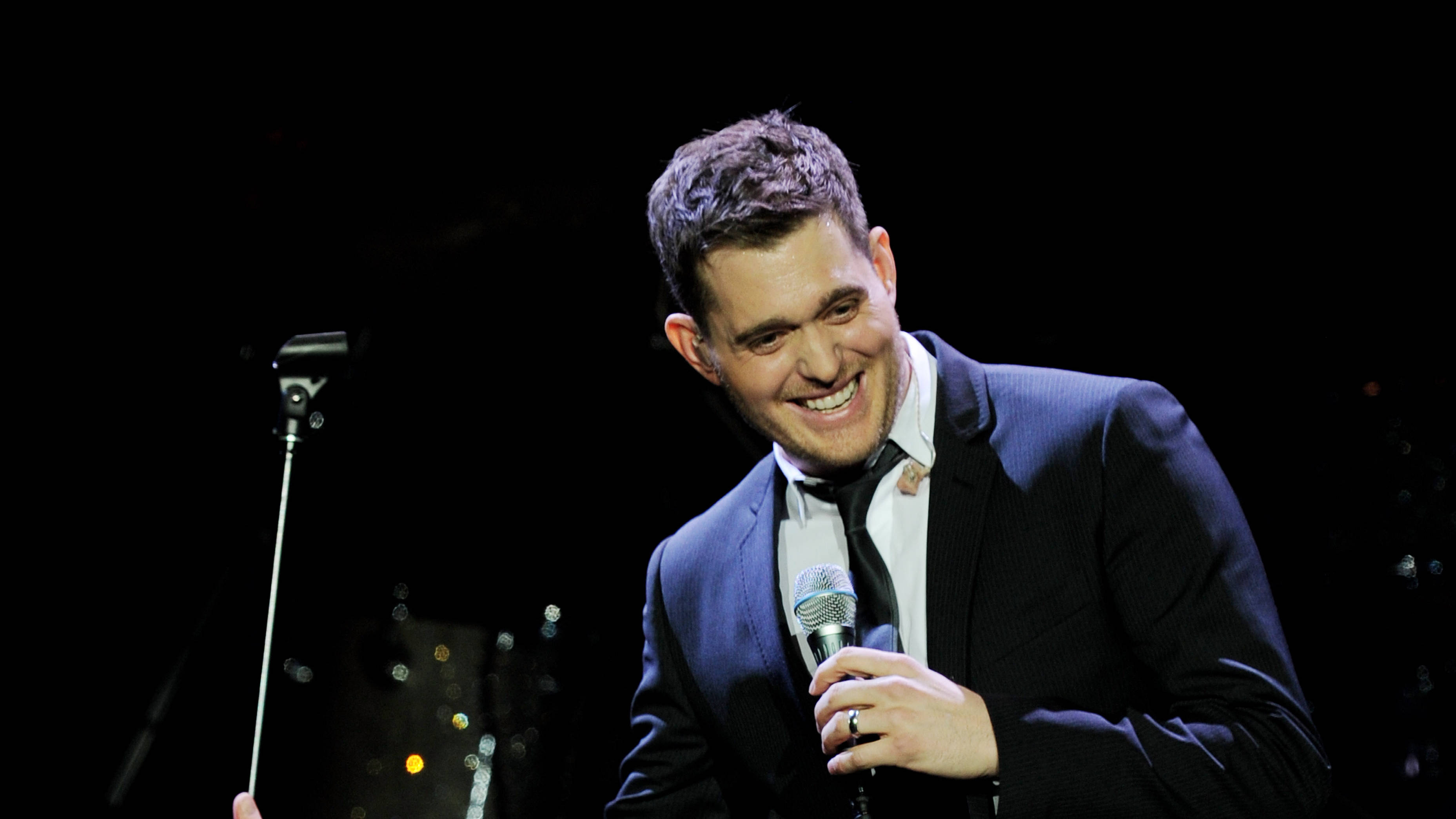 8 of the greatest Michael Bublé songs ever - Smooth