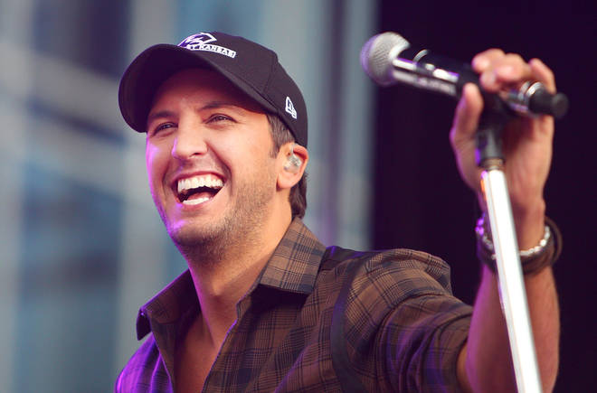 Luke Bryan announces new album and US tour in Facebook Live