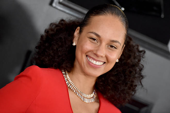 How old is Alicia Keys? All the key facts about the singer.