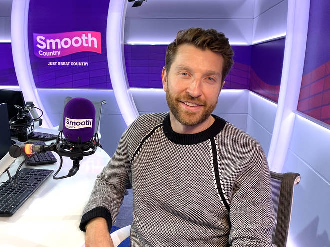 Brett Eldredge in the Smooth Country studio