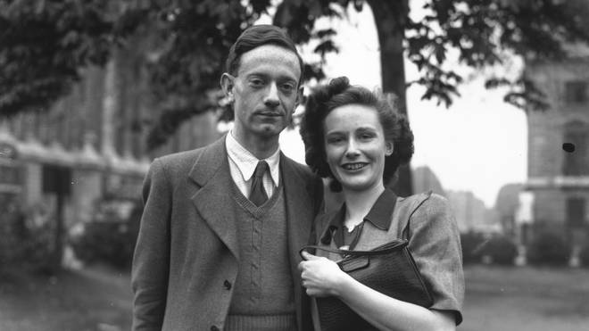 Christopher Milne and Lesley de Selincourt in 1948