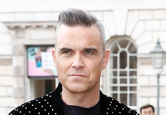 Robbie Williams is in lockdown in L.A. and cannot be with his father