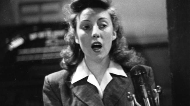 Vera Lynn in 1945