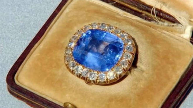 The 25-30 carat sapphire was valued at £40 - £50,000
