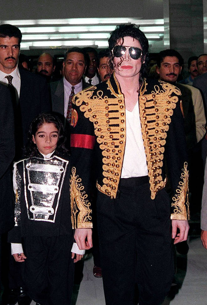 Michael Jackson pictured with Omer Bhatti when he was c.9-years-old