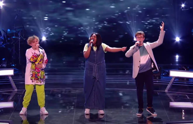 Sonny, Hayley and James serenade the judges and audience with a beautiful rendition of 'Bridge Over Troubled water'