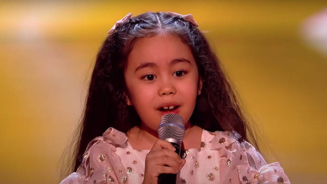 Victoria melted hearts in the audience as she sange 'Hero' to will.i.am