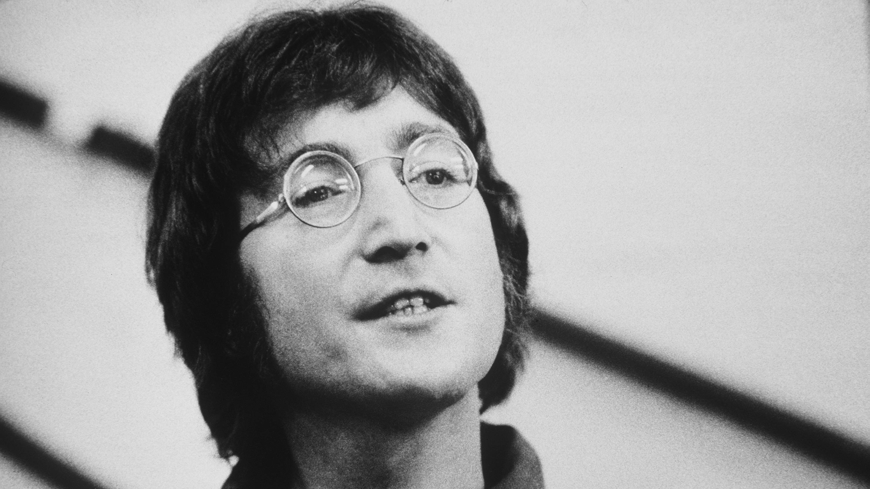 9 of John Lennon\'s best ever songs - Smooth