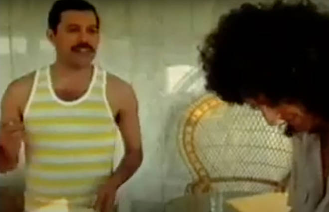 Freddie Mercury and Brian May were on tour in Hungary ahead of the Hungarian Rhapsody: Queen Live in Budapest concert in Budapest on 27 July, 1986 when the intimate jam session took place.