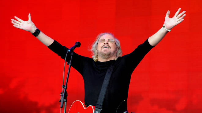 Barry Gibb playing Glastonbury in 2017