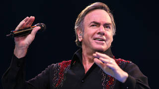 Neil Diamond in 2005