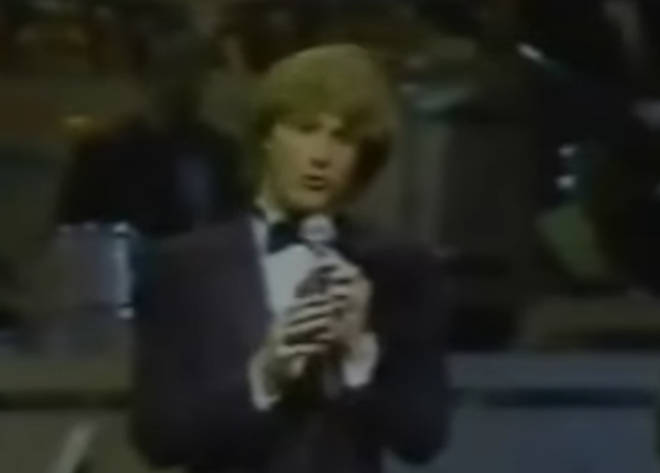 In a video from 1981, Andy Gibb can be seen wearing a tuxedo as he takes to the stage in New York and gives a short speech in tribute to Bing Crosby.
