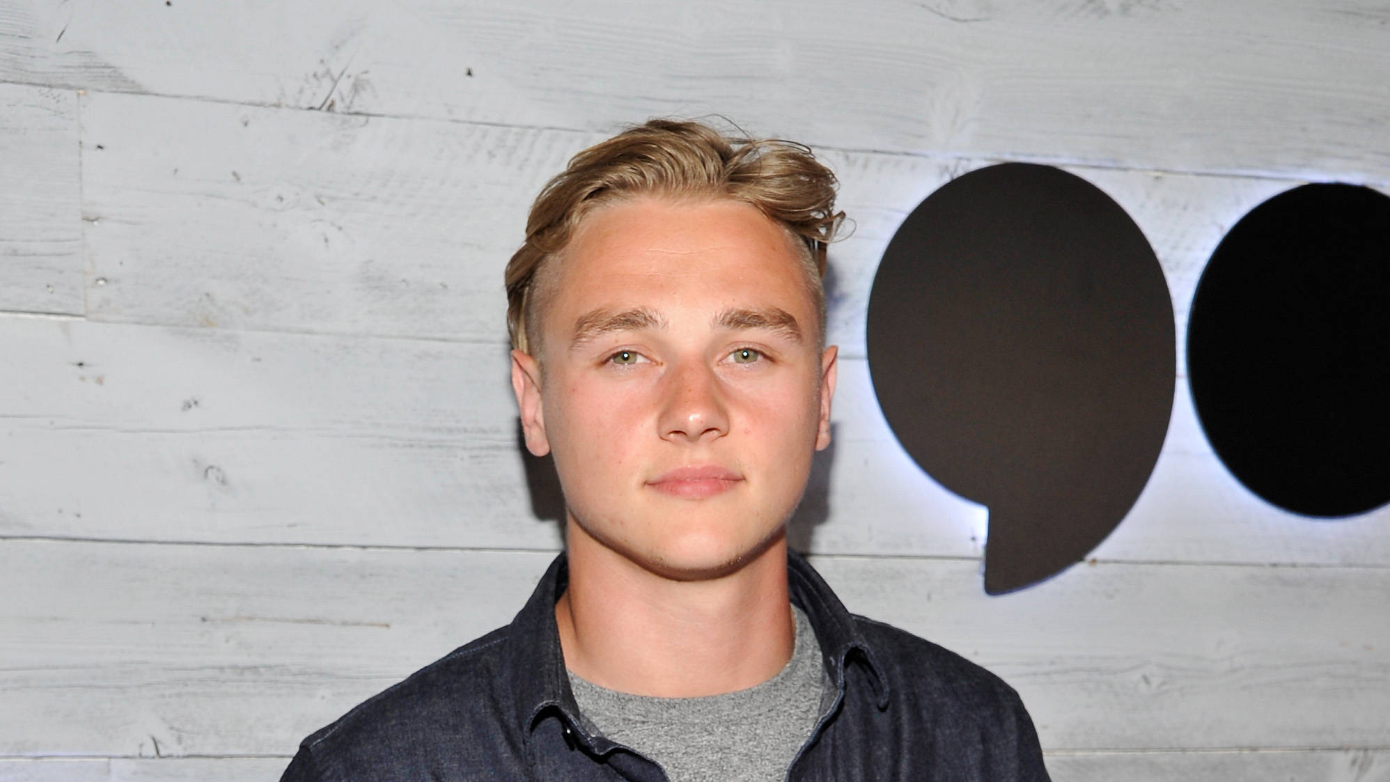 Ben Hardy Ex Eastenders Actor S Age Height And Playing Roger Taylor In Bohemian Smooth