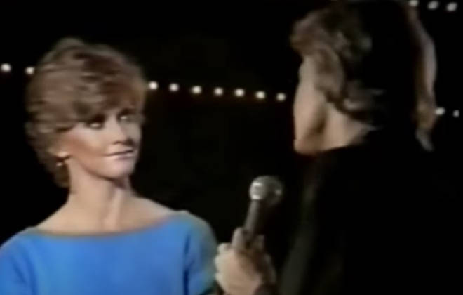 The apir sang Bee Gees hit 'Rest Your Love on Me',written by Barry Gibb in 1976.