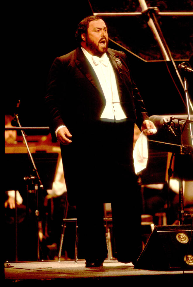 The headline act of the 40th Grammy Awards, opera king Luciano Pavarotti, had been deemed too sick to perform by his team of doctors.