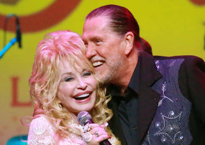 Taking to her personal facebook page, Dolly Parton, 75, penned a heartfelt letter to her brother and saying that she and her family and 'grieving his loss'. The pair pictured in 2015