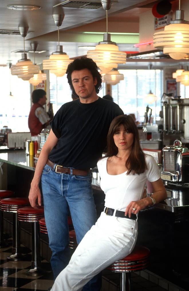 Paul Young and Stacey Smith in 1989