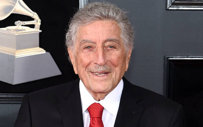 94-year-old Tony Bennett has publically revealed he is suffering from alzheimer's disease in Twitter post