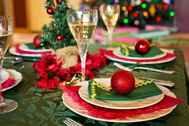 10 Simple Tips To Make Sure Christmas Dinner Runs Smoothly Smooth