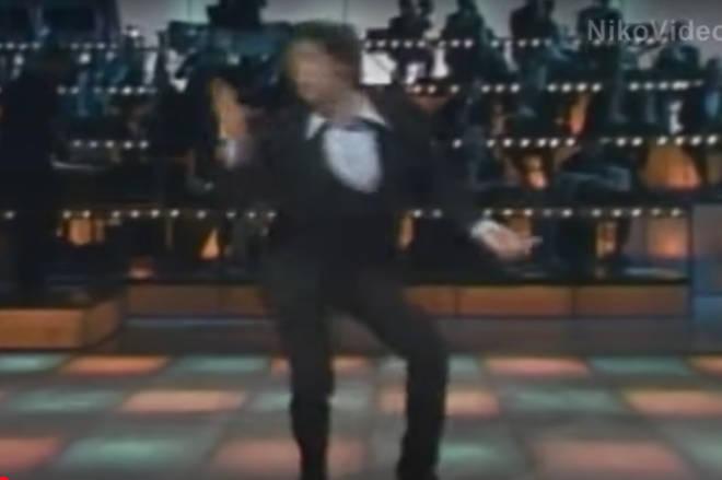 Tom Jones showed off dance moves that could rival good friend Elvis Prelsey.