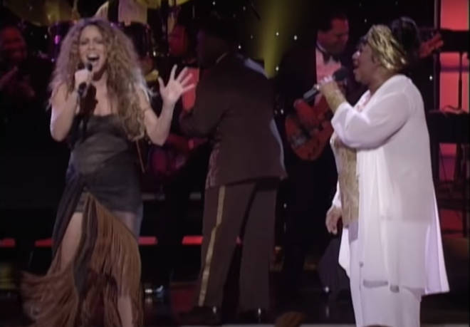 Aretha Franklin was performing on VH1 Divas Live when she invited Mariah Carey to join her for a stunning duet.