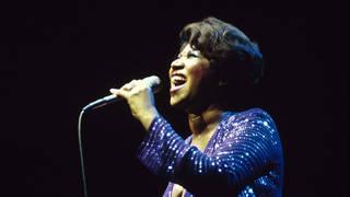 Aretha Franklin singing in 1980