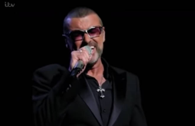 The performance came to an end with Chris Martin and George Michael singing the final chorus of 'A Different Corner' as a duet.