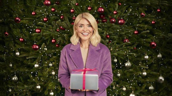 Holly Willoughby stars in this years M&S Christmas advert