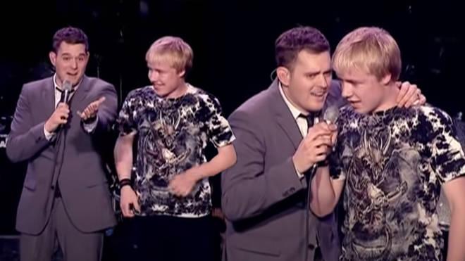 Michael Bublé sung alongside his teenage fan