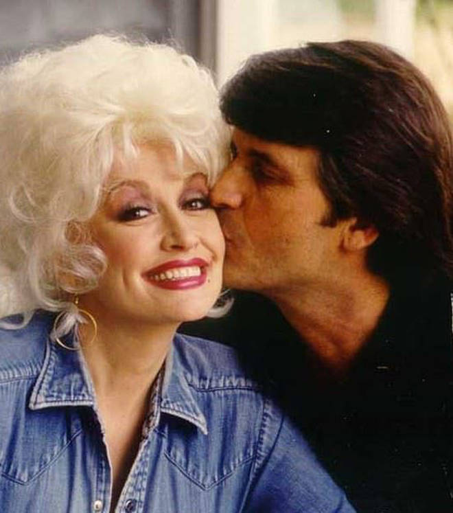 Dolly Parton and Carl Dean tied the knot in 1966 after meeting at a local launderette