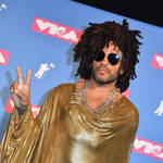 Lenny Kravitz at the 2018 MTV Video Music Awards on August 20, 2018. (Photo by ANGELA WEISS / AFP) (Photo by ANGELA WEISS/AFP via Getty Images)