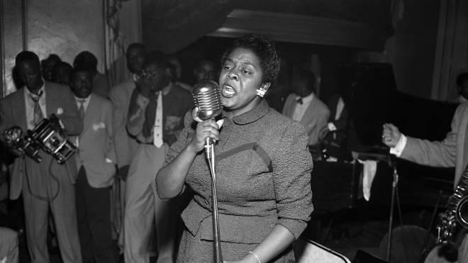 Dinah Washington Performs in 1952