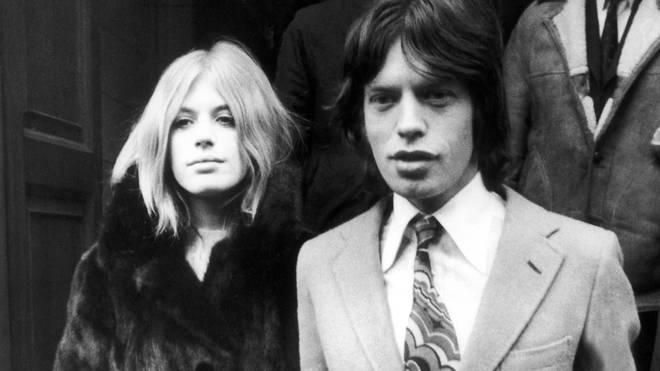 Singer Marianne Faithfull and Mick Jagger at Malborough Street court, 1969. (Photo by Keystone-France/Gamma-Keystone via Getty Images)