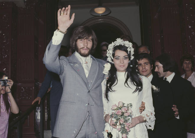 Barry Gibb first met Linda Gray on the set of Top of the Pops in London.