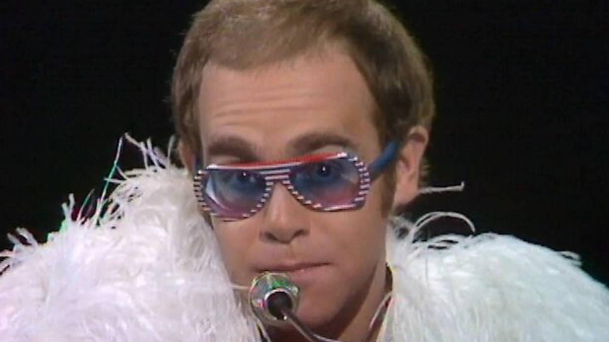 Step Into Christmas.Watch Unearthed Footage Of Elton John Performing Step Into
