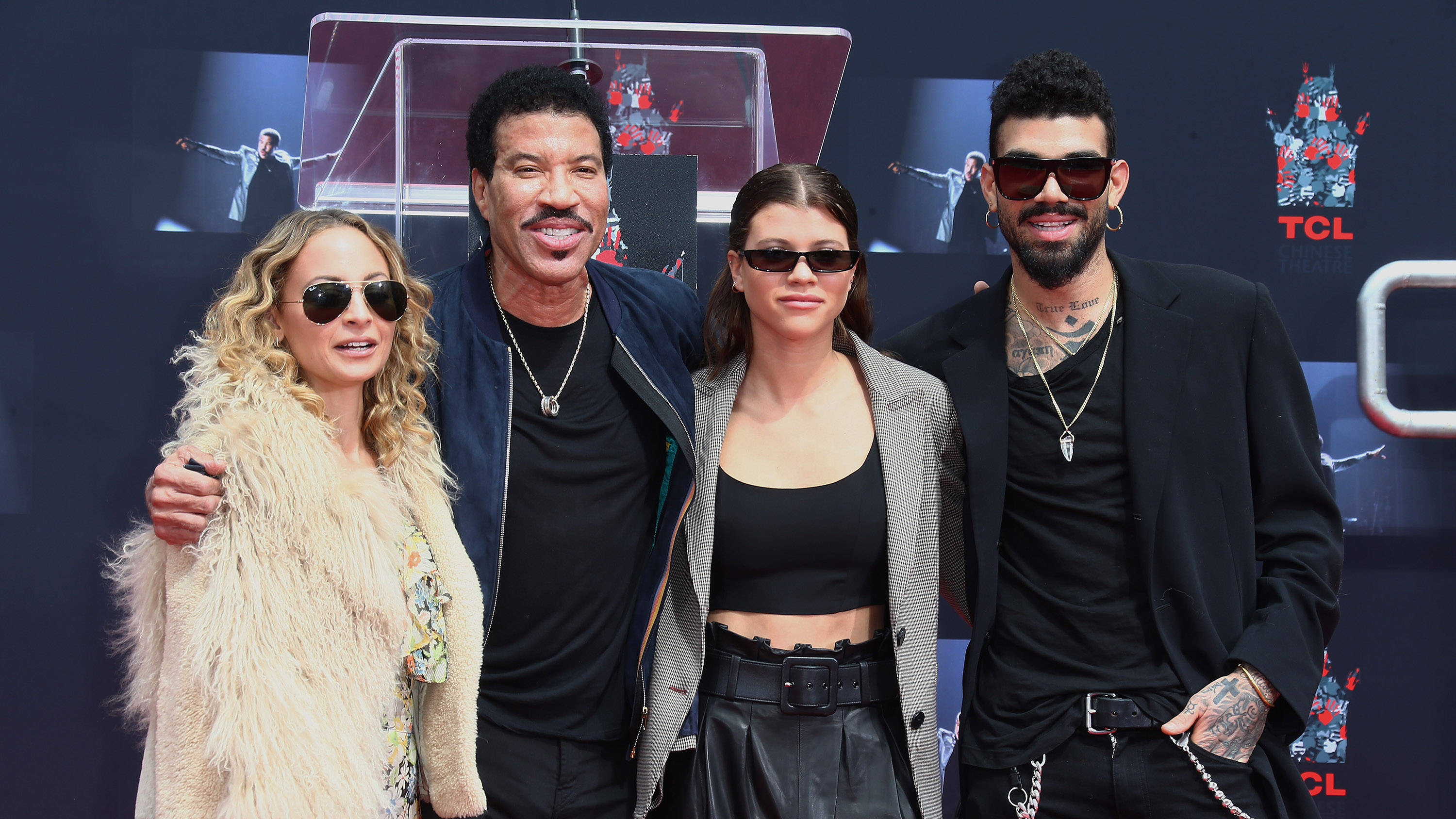 Lionel Richie Facts Who Is His Wife And How Many Children Does He Have Smooth