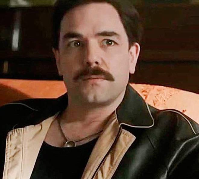 Aaron McCusker as Jim Hutton