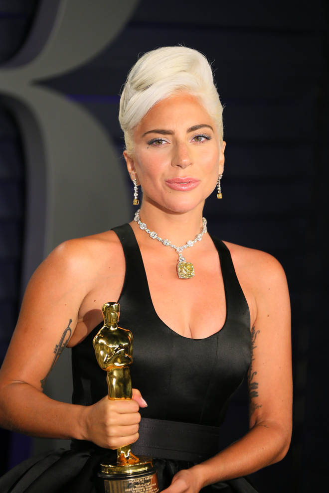 d0bad0548 Lady Gaga's VERY expensive Oscars necklace was last worn by Audrey ...