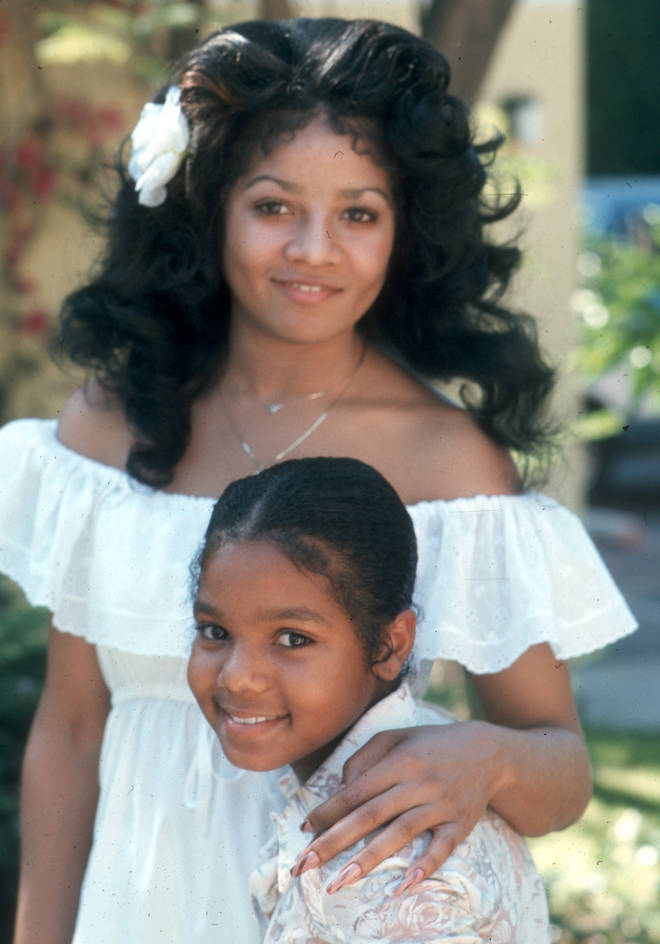 La Toya Jackson (top) and Janet Jackson in 1977