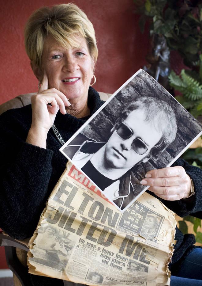 Linda Hannon hold images of Elton John