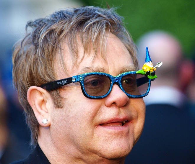 Elton's 3D glasses in 2011