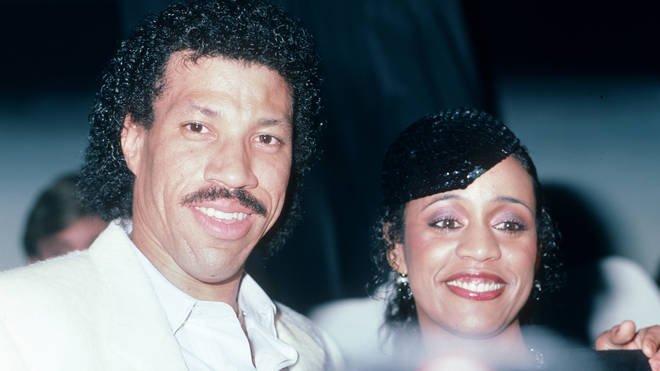 Lionel Richie and wife Brenda Harvey in 1984