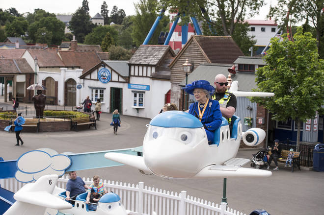 'The Queen' at Drayton Manor Park
