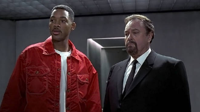 Rip Torn and Will Smith in Men in Black