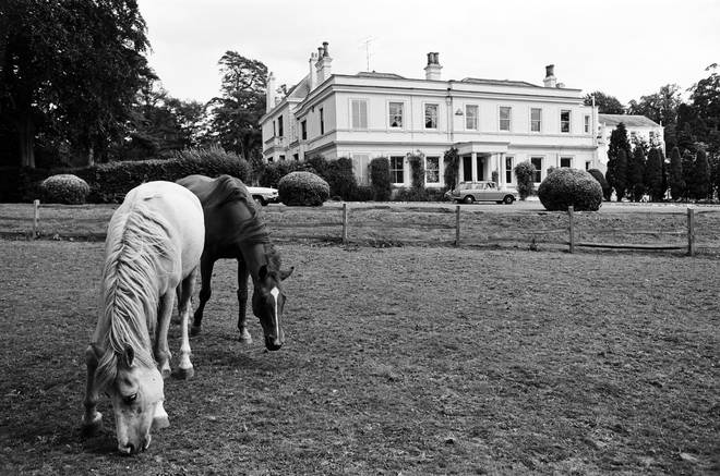 Horse grazing outside Rod Stewart's Old Windsor home on July 25, 1975