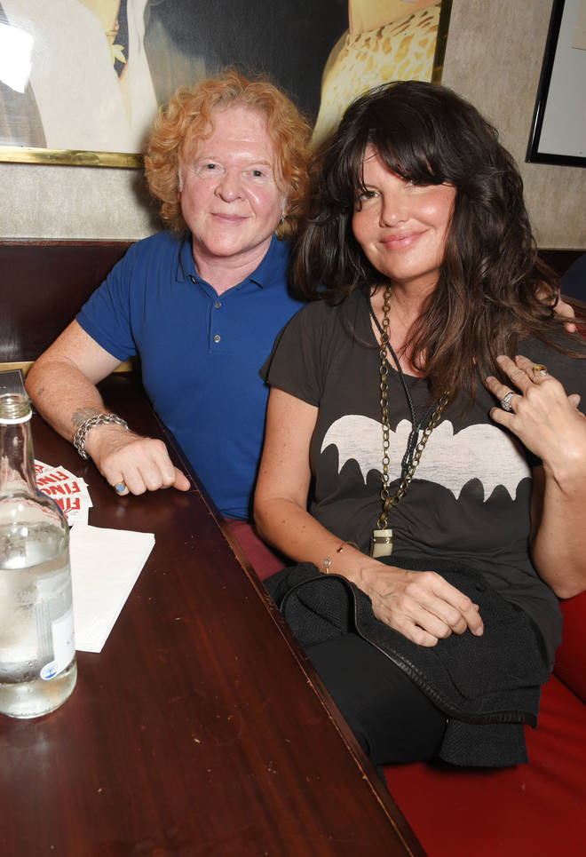 Mick Hucknall with Gabriella Wesberry in 2017