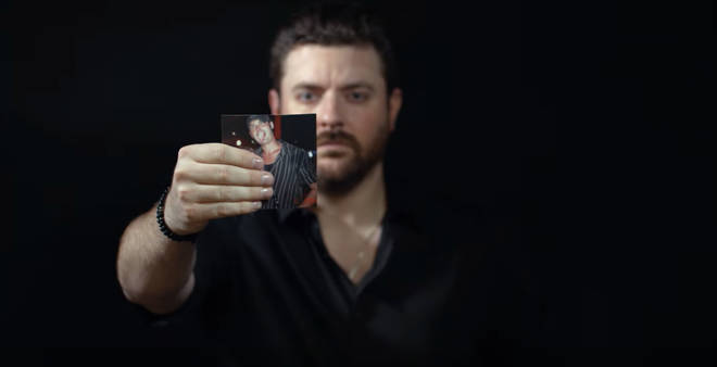 Chris Young debuts 'Drowning' music video