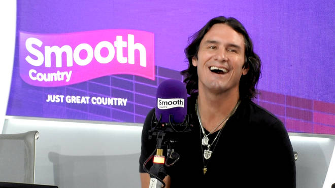 Joe Nichols in the Smooth Country studio