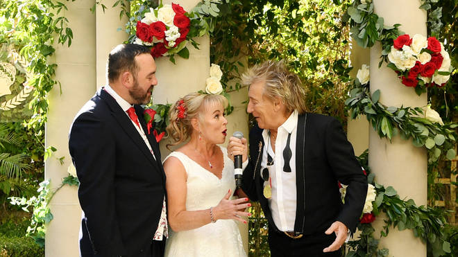 Dream Wedding Saved With Surprise Performance By Sir Rod Stewart At Caesars Palace